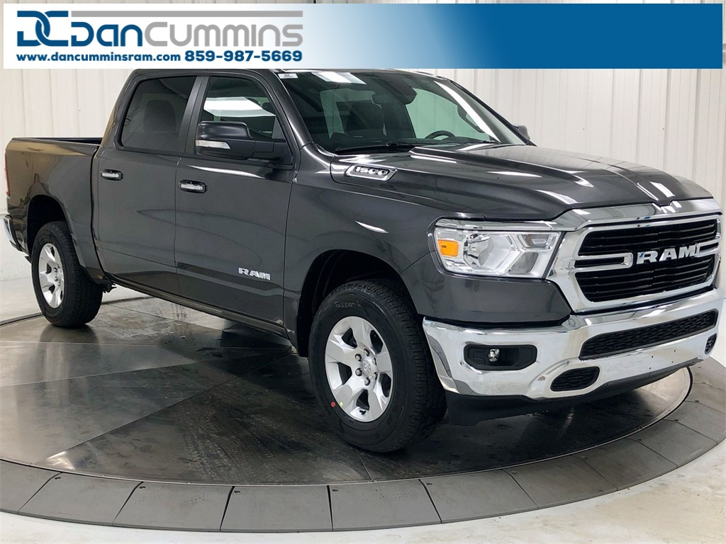 New 2019 Ram 1500 Big Horn/Lone Star Crew Cab 4WD