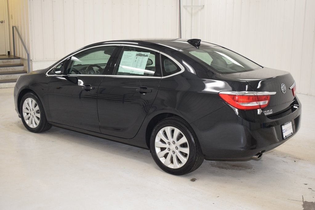Pre-Owned 2015 Buick Verano Base