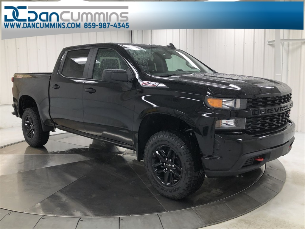 New 2019 Chevrolet Silverado 1500 Custom Trail Boss Crew Cab 4WD