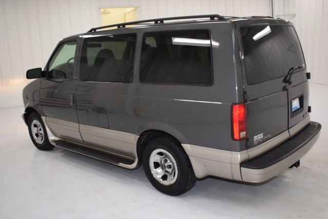 pre owned 2002 gmc safari sle passenger van in paris. Black Bedroom Furniture Sets. Home Design Ideas