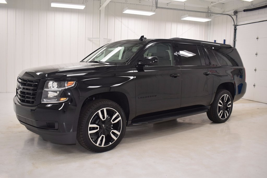 New 2018 Chevrolet Suburban Lt 4d Sport Utility In Paris