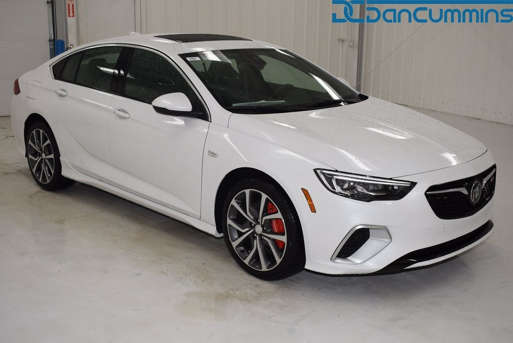 New 2019 Buick Regal Gs 4d Hatchback In Paris 104613 Dan Cummins