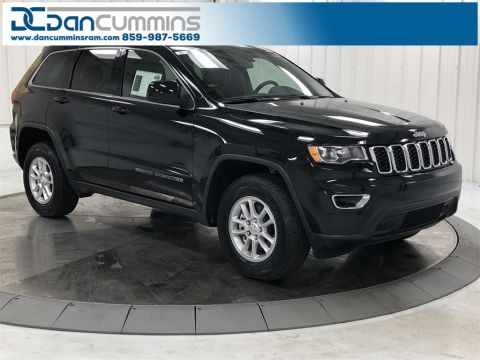 New 2019 Jeep Grand Cherokee Laredo 4WD