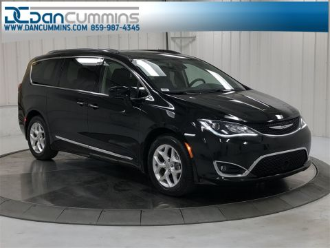 Pre-Owned 2018 Chrysler Pacifica Touring L Plus With Navigation